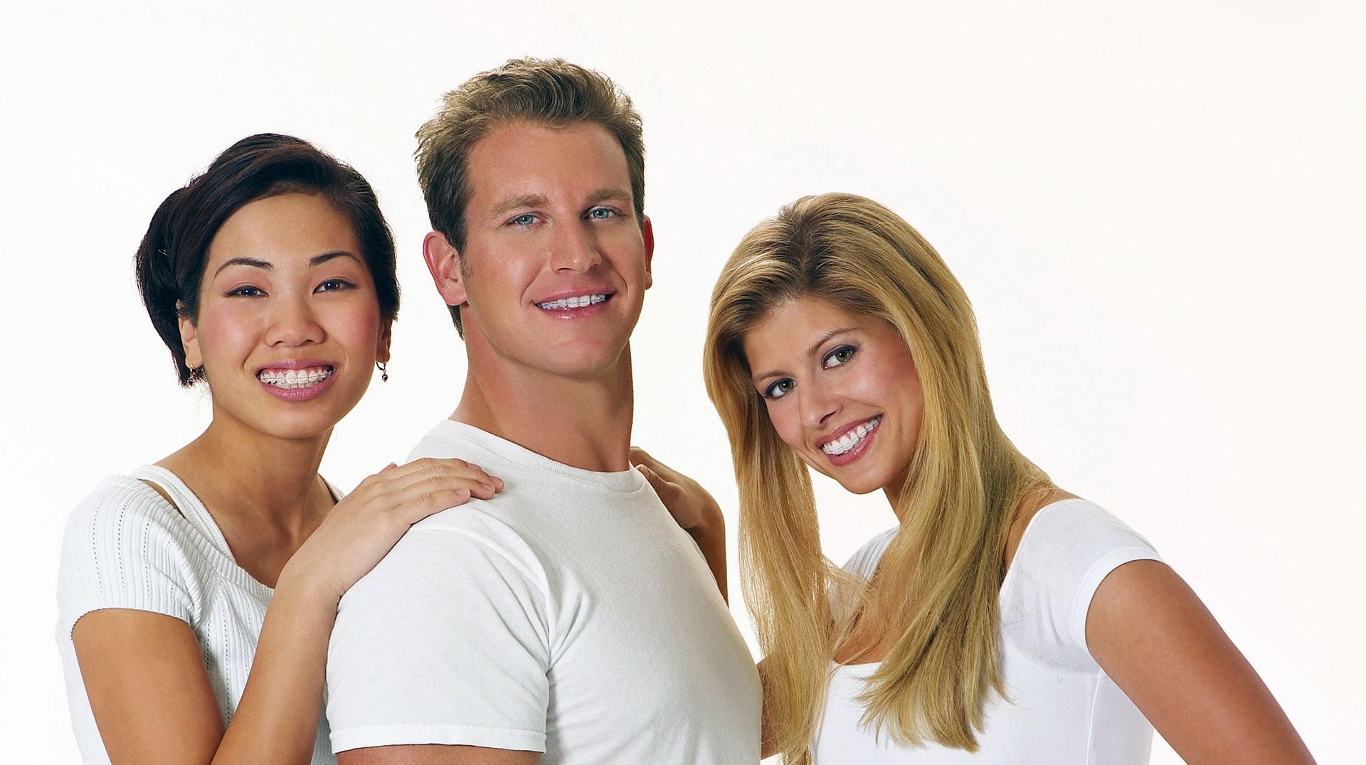Ortodoncia de Zafiro. Sonríe tu clínica dental en Barcelona